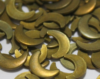 24 Vintage Moon Shaped Brass Findings - Crescent Shaped Raw Brass Jewelry Components