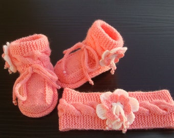 Baby hand knitted set /booties,headband, Knit Baby Headband, Knit Baby Booties,Photo Prop baby