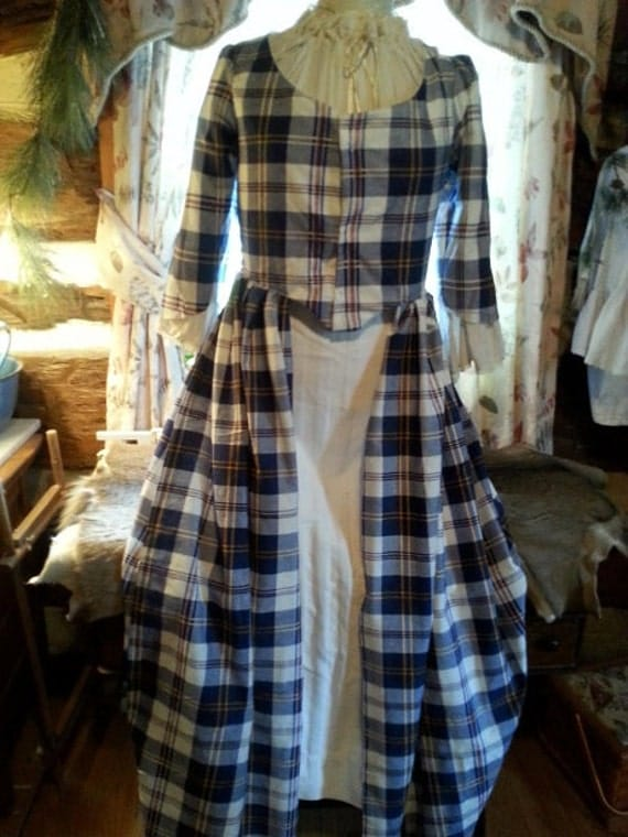 18 th Century Day Dress Scottish Style