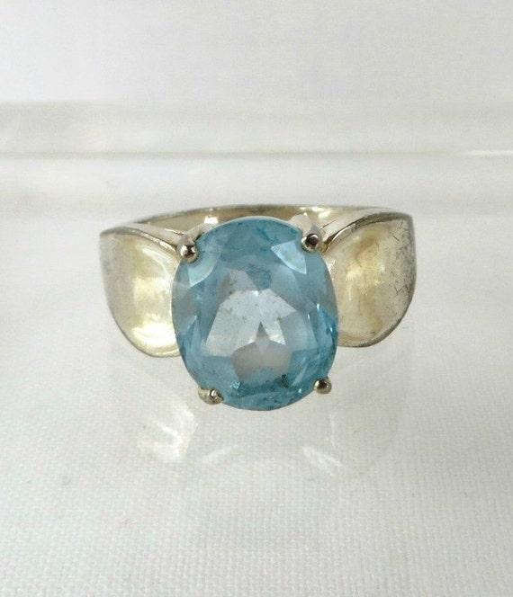 vintage sterling silver blue topaz ring by leesvintagejewels