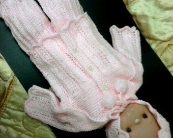 knitted set for newborns