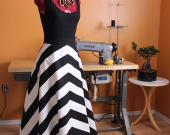 Black And White Striped Skirt With Pockets | Jill Dress