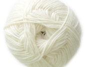 White Knitca Sock Yarn, Superwash Merino Sock Yarn, Sock Weight Yarn