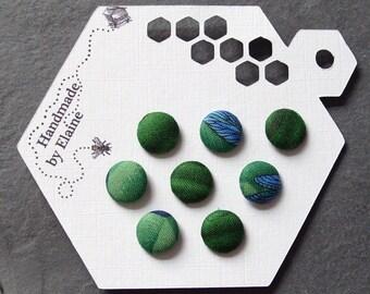 Fabric Covered Buttons - 8 x 12mm buttons, handmade button, green buttons, plant button, foliage button, lacewing button, garden button,1566