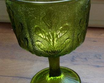 1975 F.T.D Green Leaf Pedestal Glass