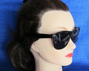 Vintage Unisex Black Sunglasses, Men in Black Sunglasses, Dark Lens Sunglasses