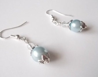 Small Pearl Earrings.