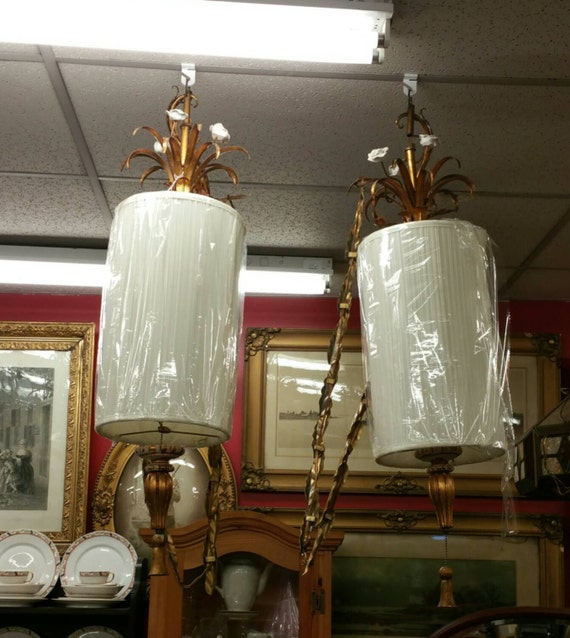 large pair of vintage italian tole hanging sconces made in. Black Bedroom Furniture Sets. Home Design Ideas