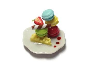 Miniature Sweet -Macaron plate Dessert Supply Dollshouse Miniature -AM181