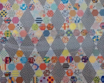 Hexie Kisses Quilt Pattern - Jen Kingwell - Jen Kingwell Designs - JKD 5156