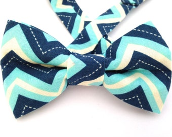 Navy and blue chevron bow tie, Navy chevron bow tie, blue chevron bow tie, blue chevron ties, navy zig zag bow tie, Father's Day Gift