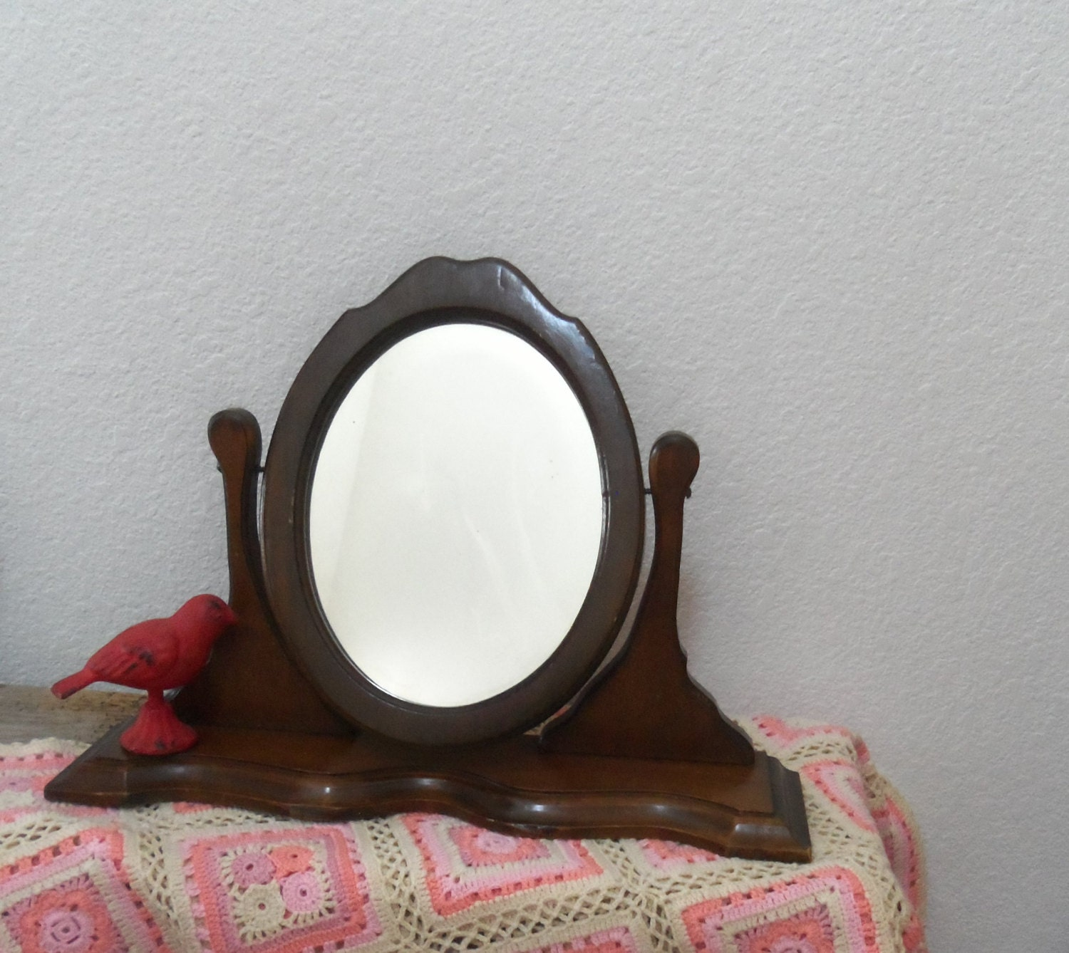 vintage wood vanity mirror by bettyrayvintage on etsy. Black Bedroom Furniture Sets. Home Design Ideas