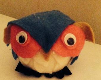 Adorable mini felt owl