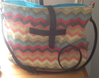 Super Cute Chevron Canvas Messenger/ Market/ Purse Tote Bag