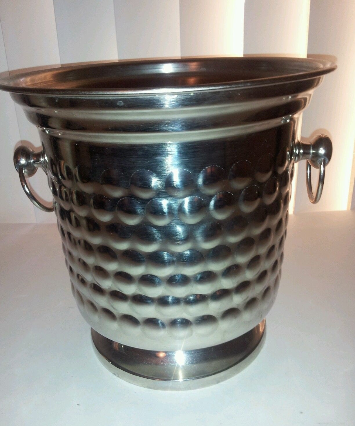 Silver bubble hammered champagne wine cooler ice bucket for Decor wine cooler