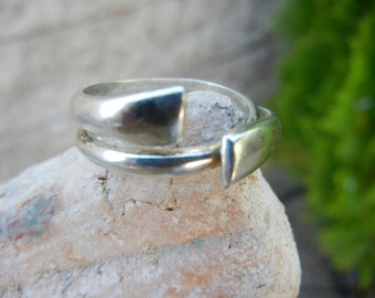 Vintage Sterling Silver Swirled Bypass 925 Ring SZ 9.5