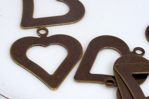 10 pcs 35 x 30 mm (thickness 0.8 mm 20 gauge) antique brass tone heart shape tag stamp tag charms with 1 hole ,findings 1038AB-29