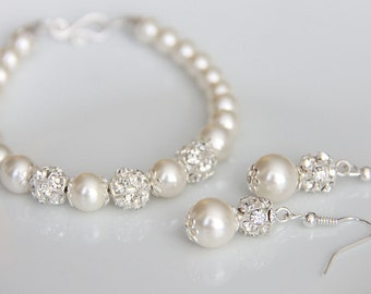 Bridal Jewelry Set, Swarovski Pearl Bridal Jewelry Set, Pearl Bracelet Set, Wedding Jewelry art. e01-b01