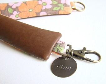 Porte-clés Cuir Recyclé Marron // Personnalisable // Imprimé Seventies Vintage Orange // Sac à main Femme