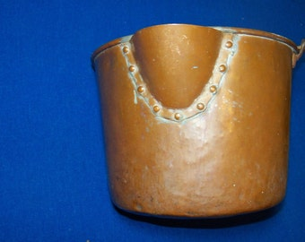 rare antique hand forged 1600s COPPER WATER BUCKET rook bottom