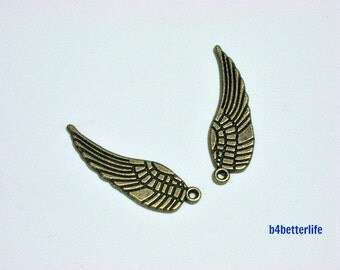 """Lot of 24pcs Antique Bronze Tone """"Angel Wing"""" Metal Charms. #BC1133."""