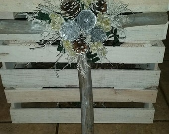 Handmade Natural Pine Christmas Cross Decoration Holiday. ( 1 PC)