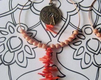 Boucles de l'Est coral Eastern inspired hoop earrings