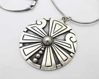 Vintage Sterling Silver Southwest Overlay Tribal Medallion Necklace. [26]