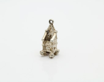 Vintage Sterling Silver Medieval Throne Charm. [4187]