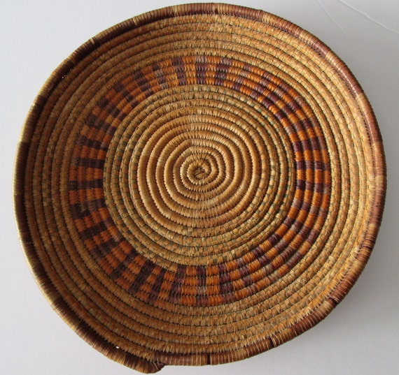 Traditional Aboriginal Basket Weaving : Vintage superb indigenous traditional folk coiled basket