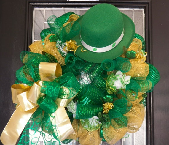deco mesh st patrick 39 s wreath st patrick 39 s day door hanger decoration ready to ship. Black Bedroom Furniture Sets. Home Design Ideas