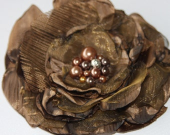 Brown flower corsage, beaded corsage, Mother of the bride, brown beaded fascinator, brown flower, pearl beads, bronze beaded flower Ruby62