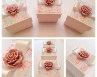 Beautiful Shabby Chic Vintage Floral Wedding Favour box (favor)