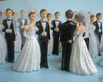 12 bride and groom cupcake toppers