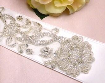 Beaded bridal sash, Swarovski bridal sash belt, bridal belt, wedding sash belt, crystal bridal sash belt /Ava