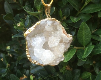 Geode gold dipped crystal necklace