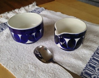 Arabia Sotka china Finland sugar bowl and creamer, blue on white.  Perfect condition