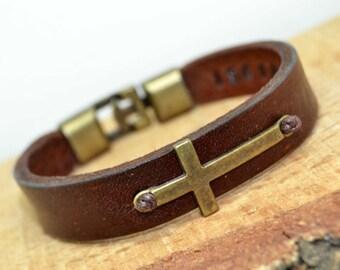 FREE SHIPPING - Men's Personalized Bracelet, Men's Leather Bracelet,boyfriend gift,Hidden message, Cross bracelet, fathers day gift