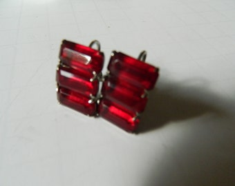 Ruby red glass stone- 1930s Earrings