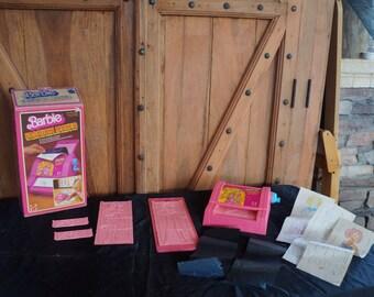 1980's Barbie Fashion Maker!  Still Works! 135DD