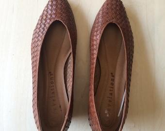 vintage brown woven leather pointy toe kitten heels sz 7.5