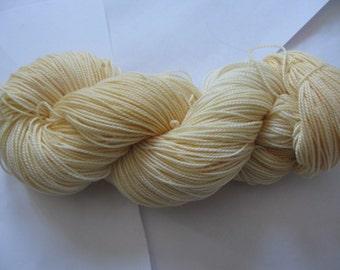 "Hand dyed sock yarn - Socked (80% Merino / 20 Nylon) - ""peach"""
