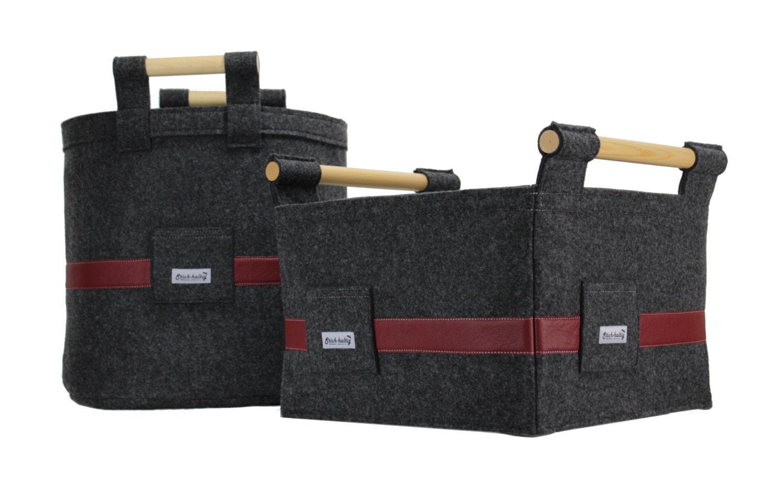 set aus 2x kaminkorb filzkorb mit lederbesatz und holzgriffen. Black Bedroom Furniture Sets. Home Design Ideas