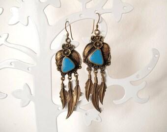 VINTAGE BRONZE EARRINGS / Ear hook / Feather earrings / Turquoise stone / Accessoires / Dangle earrings