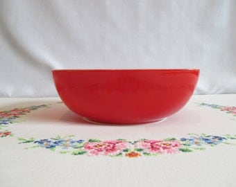 Pyrex Primary Red  515-B 1 1/2 qt. Hostess
