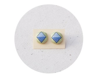 Button Covered Earrings, Stud earrings
