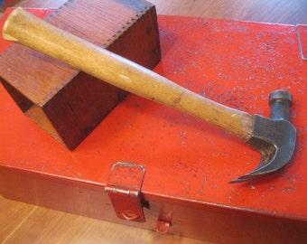 Plumb 1-1/2 lb. Hammer