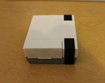 3D printed NES inspired Raspberry Pi case