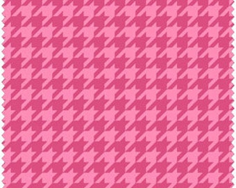 Pink Houndstooth Fabric Maywood Studio Merry & Bright Kimberbell MAS8206P, Pink Fabric, Houndstooth Check, Pink Quilt Fabric, Cotton