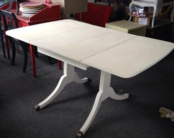 SOLD/ VINTAGE Dining Table / hand painted furniture